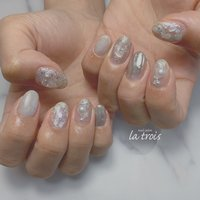 シルバーネイル  #nail#nails#nailart#gelnails#naildesing#fashion#latrois#ネイル#ジェルネイル#トロワ#西尾ネイル#西尾市ネイルサロン#三河ネイル#ニュアンスネイル#手描きネイル  お問い合わせはこちらからお願い致します📩LINE ▸▸@hax1956a Instagram ▸▸@la.trois_nail #la.trois_nail #ネイルブック