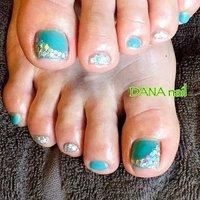 初めてブルーネイルを試すなら💎ターコイズ×シルバーペディ。 初めての色を試すなら、足がオススメです。ターコイズは、日本人の肌に取り入れやすいカラーです✨  #Dananail #横浜ネイルサロン #日ノ出町ネイルサロン #桜木町ネイルサロン #パラジェル #パラジェル登録サロン横浜 #パラジェルフィルイン #フィルイン #30代ネイル #40代ネイル #50代ネイル #フットケアサロン #フットケアサロン横浜 #大人可愛いネイル #甘すぎないネイル #ブルーペディキュア #ターコイズペディキュア #大人ペディキュア #フットネイル #夏 #リゾート #パーティー #女子会 #フット #変形フレンチ #ホログラム #ワンカラー #ターコイズ #シルバー #ジェル #お客様 #藤原 美奈 #ネイルブック