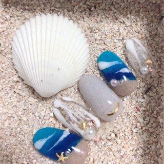 #夏ネイル#砂浜ネイル#海ネイル#サンドジェル #夏 #海 #リゾート #デート #ハンド #グラデーション #パール #スターフィッシュ #ホワイト #ブルー #ブラウン #karen #ネイルブック