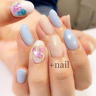 お持ち込み画像を参考に☺︎ シェルの紫陽花が可愛かった♡  Ayaneちゃんの代名詞ハートワイヤーは外せません(⁎˃ᴗ˂⁎) 画像では分かりづらいですが ブルーのお爪には雫ものってます( *ˊᵕˋ)  #nail #nails #nailart #gelnail #gelnails #gelnailart #ネイル#ネイルアート#ジェル#ジェルネイル #ジェルネイルアート#紫陽花ネイル #梅雨ネイル #しずくネイル #paragel#パラジェル登録サロン #ネイルサロン#都城#ネイル都城#都城ネイル#都城ネイルサロン#三股#小林#nailbook#ネイルブック#いつもありがとうございます #夏 #梅雨 #ブライダル #ハンド #フラワー #シェル #ハート #ワイヤー #ミディアム #ホワイト #ベージュ #水色 #ジェル #お客様 #liilii #ネイルブック