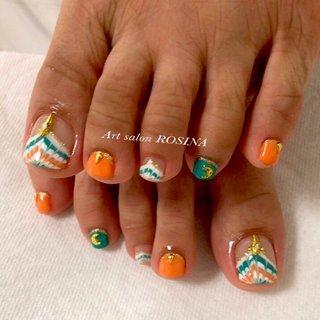 #梅雨 #海 #リゾート #フット #ピーコック #オレンジ #ターコイズ #Art salon ROSINA #ネイルブック