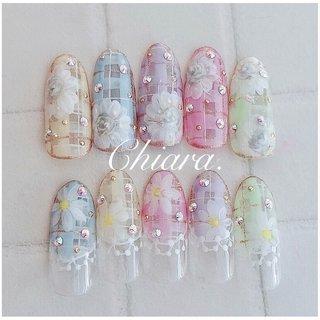 春夏サンプルより💍♡   Instagram → yochan4.nail #春 #夏 #オールシーズン #デート #フラワー #チェック #レース #YokoShikata♡キアラ #ネイルブック